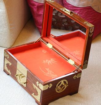 千龄木 大果紫檀唯美梳妆盒