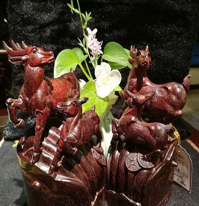 小叶紫檀官鹿—高官厚禄